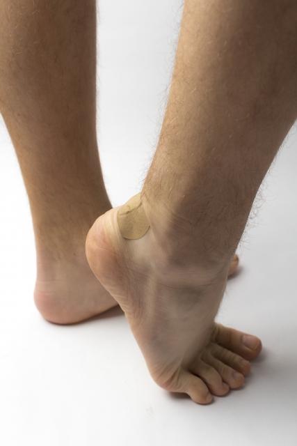 アキレス腱付着部炎の原因と対処方法について